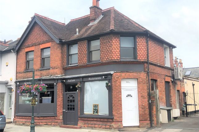 Flat to rent in Reading Road, Henley-On-Thames, Oxfordshire