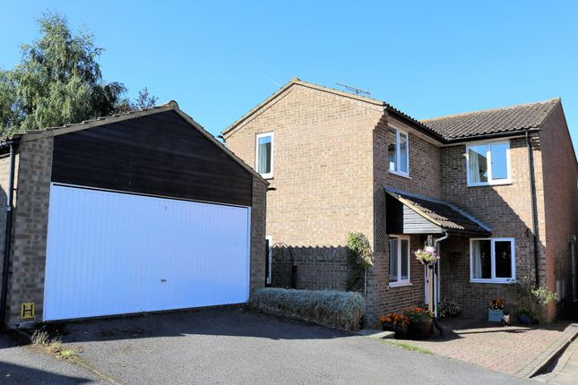 Thumbnail Detached house for sale in Overton Drive, Thame