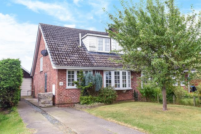 3 bed semi-detached bungalow for sale in Parkfield, Stillington, York