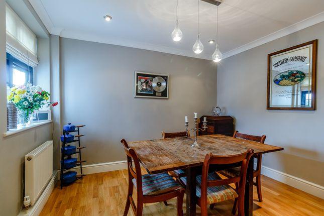 Dining Room (Thumbnail)