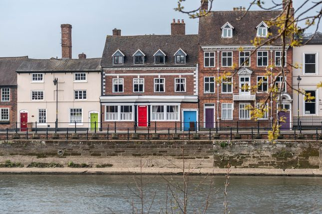 Thumbnail Town house for sale in Severn Side South, Bewdley
