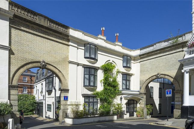Thumbnail Mews house for sale in Cornwall Gardens, London