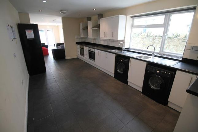 Thumbnail Semi-detached house to rent in Richmond Road, Cathays, Cardiff