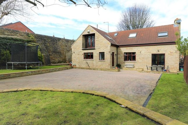 Thumbnail Detached house for sale in Park Hollow, Wombwell, Barnsley