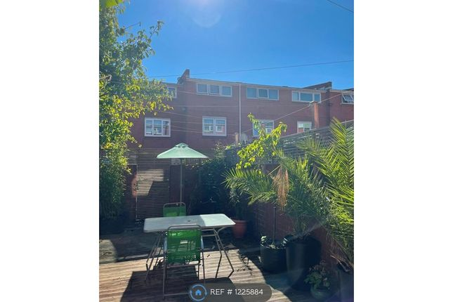 Thumbnail Terraced house to rent in Woods Road, London