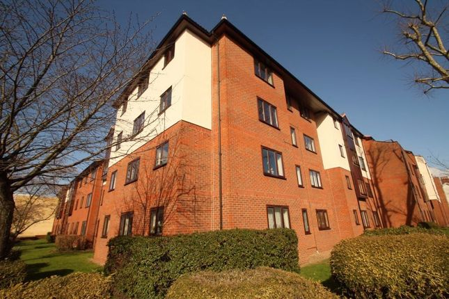 Thumbnail Flat to rent in Sidney Road, Staines-Upon-Thames, Surrey