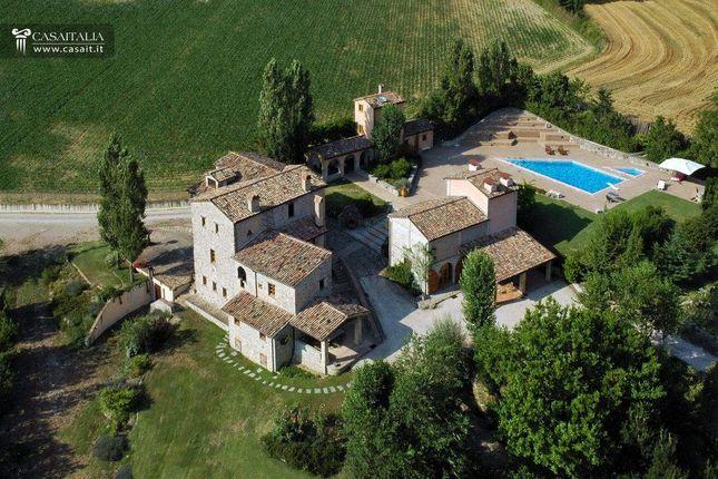 Thumbnail Villa for sale in Montone, Umbria, It