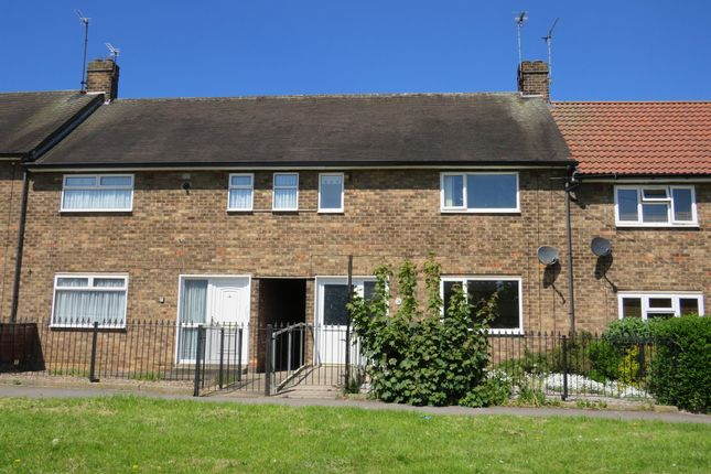 Thumbnail Terraced house for sale in Chelmer Road, Hull