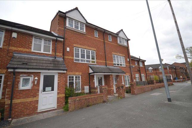 Room to rent in 201C Woodhouse Lane, Room 1, Room 2 & Room 3, Wythenshawe M22