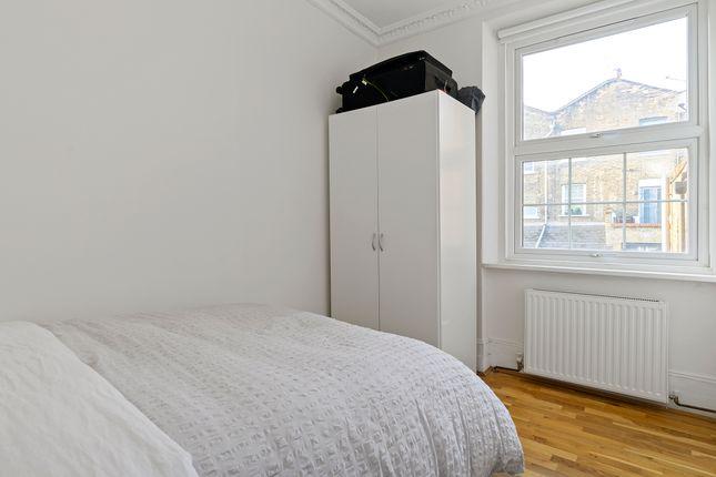 Bedroom of Danbury Street, London N1