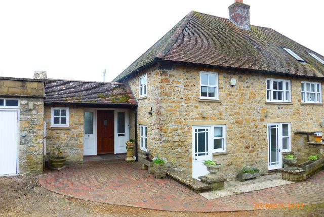 Thumbnail Cottage to rent in George St, Sherborne