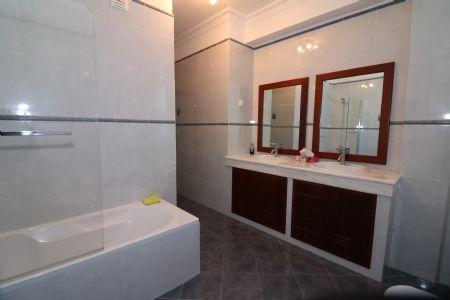 Image 32 5 Bedroom Villa - Central Algarve, Santa Barbara De Nexe (Jv10120)