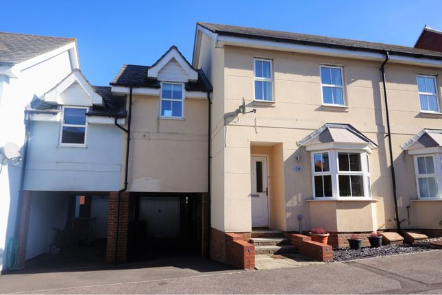 Thumbnail Semi-detached house for sale in Kirk View, Ashford