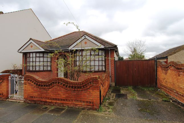 Thumbnail Property for sale in Rotherfield Road, Enfield