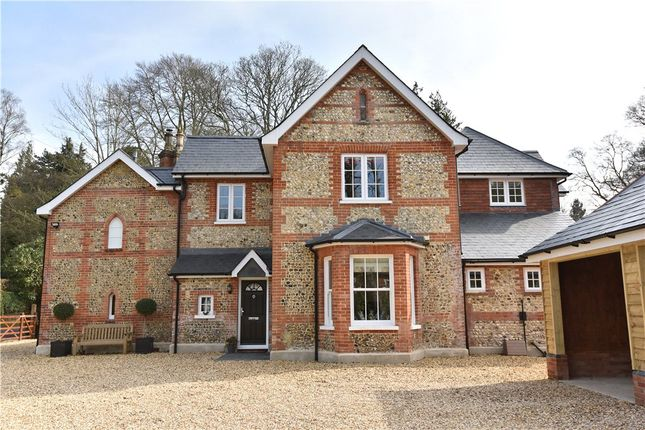 Thumbnail Detached house for sale in Avenue Road, Fleet, Hampshire