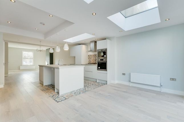 Thumbnail Flat for sale in Latchmere Road, Battersea