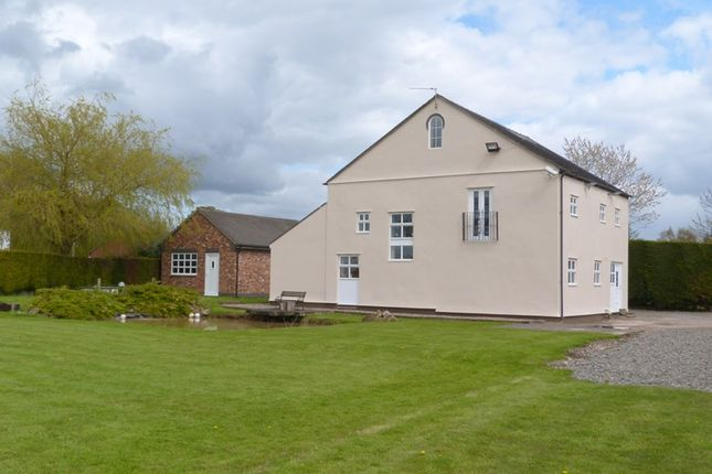 Thumbnail Barn conversion for sale in Bleeding Wolf Lane, Scholar Green, Cheshire