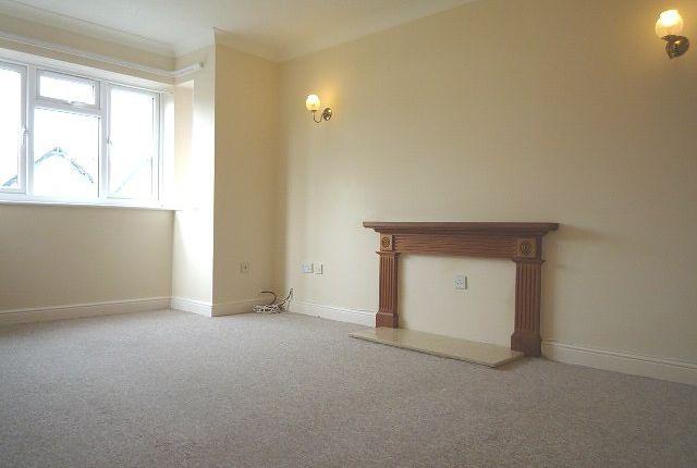 Thumbnail Flat to rent in Brockhurst Road, Gosport