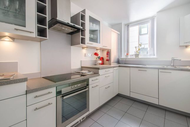 Thumbnail Flat to rent in Aegean Apartments, Royal Docks