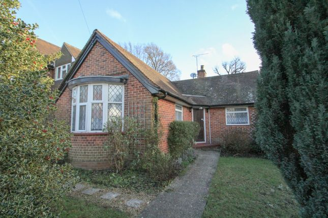 Thumbnail Detached bungalow to rent in Woodlands Road, Camberley