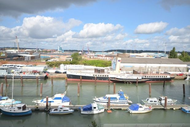 Thumbnail Flat to rent in Peninsula Quay, Pegasus Way, Gillingham