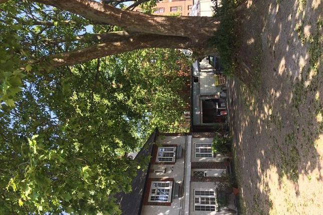 Photo 2 of Rear Of 260 Brixton Hill, Brixton, London SW2