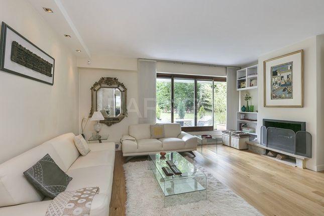 Thumbnail Apartment for sale in Nogent Sur Marne, Nogent Sur Marne, France