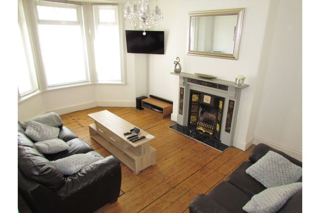 Thumbnail Terraced house for sale in Holdsworth Street, Plymouth
