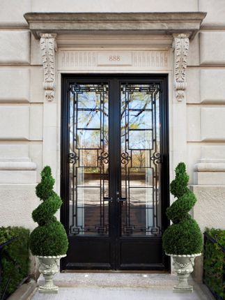 Thumbnail Property for sale in East 70th Street, New York, Ny, Usa