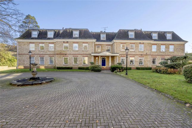 Thumbnail Flat for sale in Queenshill Lodge, London Road, Ascot, Berkshire