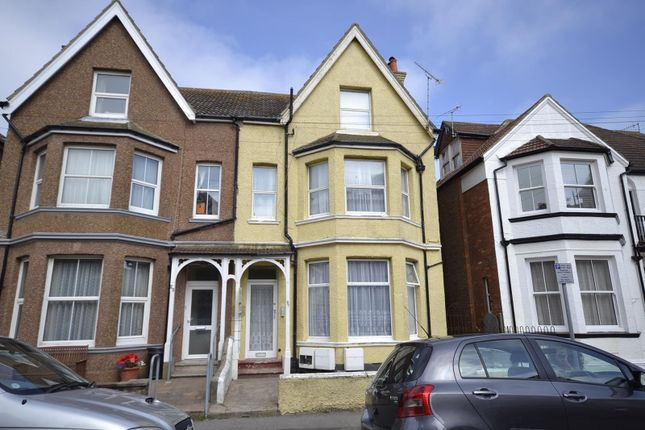Thumbnail Flat to rent in Linden Road, Bexhill On Sea