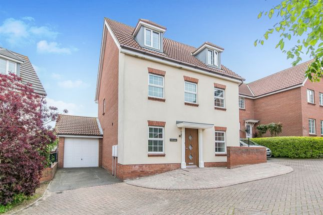 Thumbnail Detached house for sale in Stour Close, Harwich