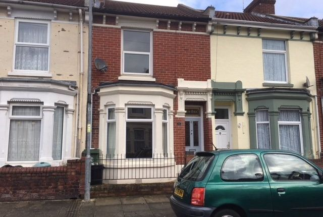 3 bed terraced house to rent in Mayhall Road, Portsmouth