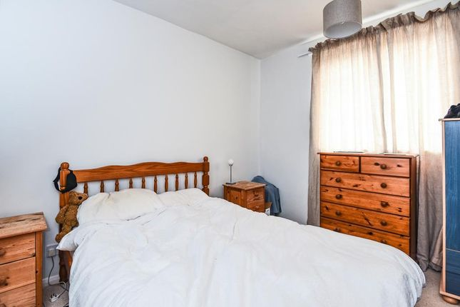 Bedroom of Millway Close, Wolvercote OX2