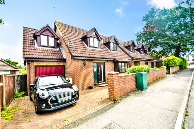 Thumbnail Detached bungalow for sale in South East Road, Southampton
