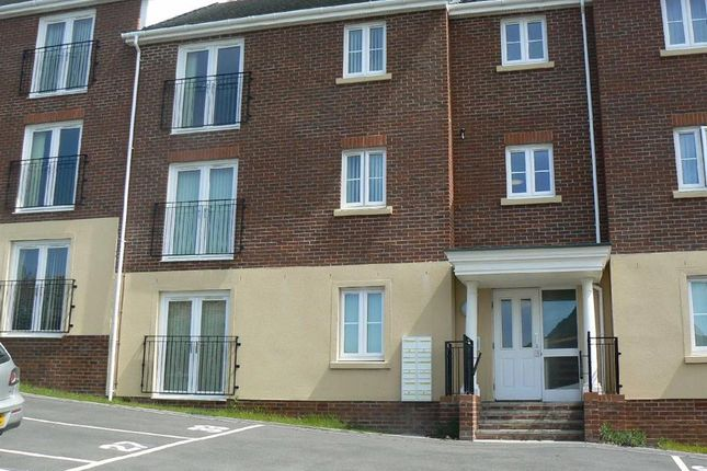 Thumbnail Flat to rent in Geraint Jeremiah Close, Cwrt Penrhiwtyn, Neath