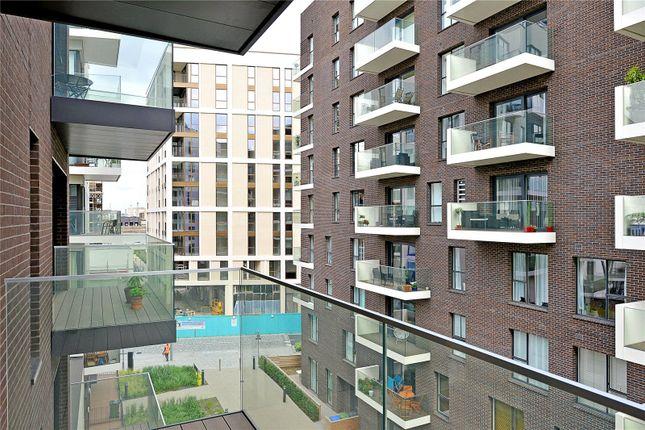 Balcony of Roper Building, Greenwich Peninsula, 48 Reminder Lane, London SE10