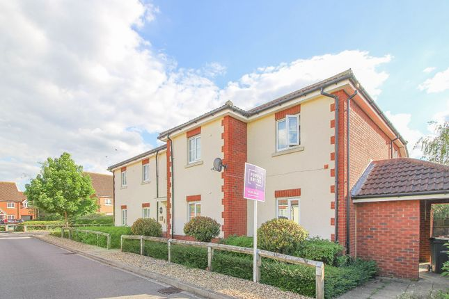 Thumbnail Flat for sale in Trow Close, Bedford