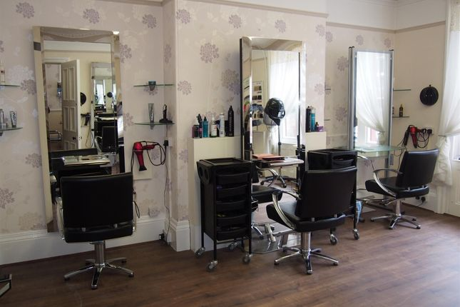 Thumbnail Retail premises for sale in Hair Salons DN22, Nottinghamshire