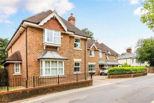 Thumbnail Property to rent in Farnham GU10, Lower Bourne, P1128