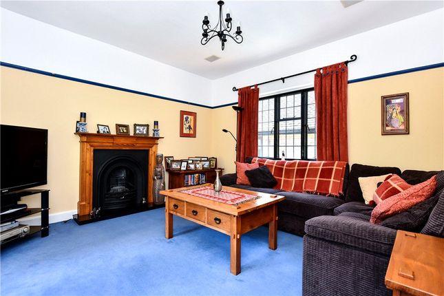 Family Room of Heathway, Camberley, Surrey GU15