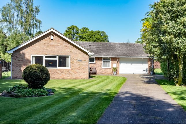 Thumbnail Detached bungalow for sale in 2 Cottage Lane, Lincoln