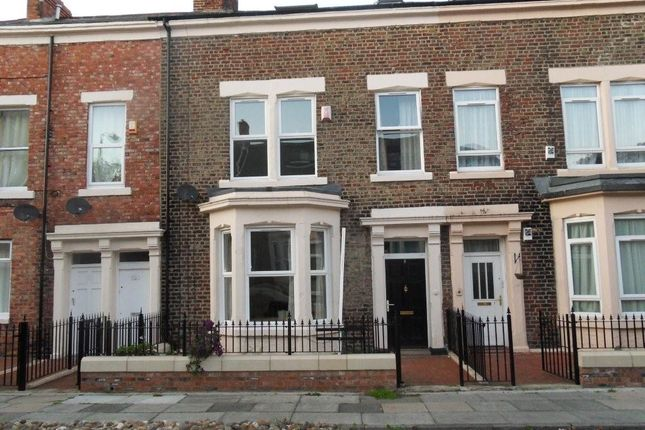 Thumbnail Shared accommodation to rent in Callerton Place, Newcastle Upon Tyne