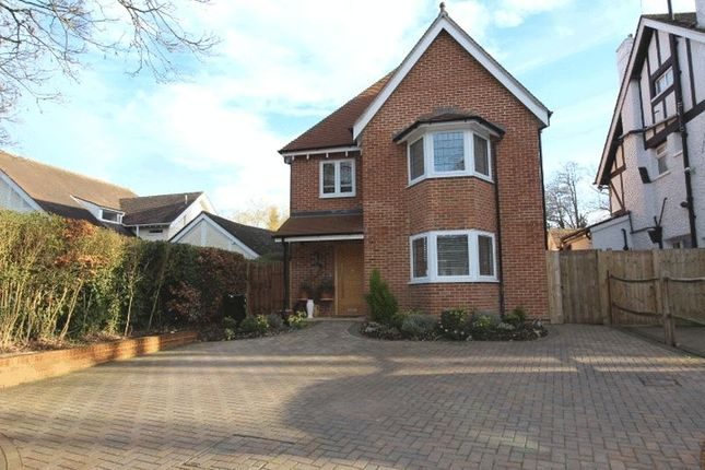 Thumbnail Detached house for sale in Foxley Lane, Purley