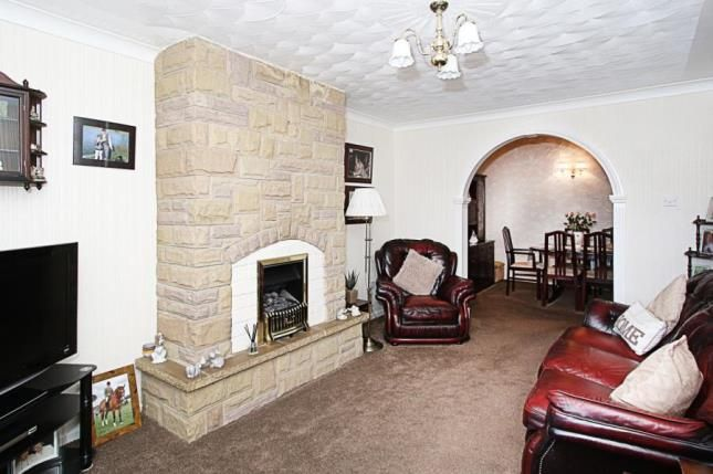 Picture No.06 of Fern Close, Eckington, Sheffield, Derbyshire S21