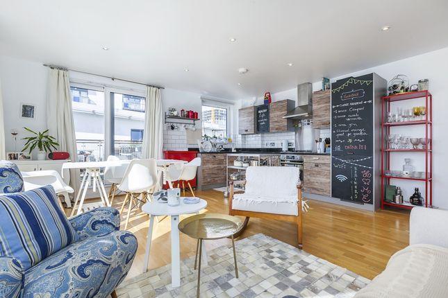 Thumbnail Flat to rent in Tarves Way, London