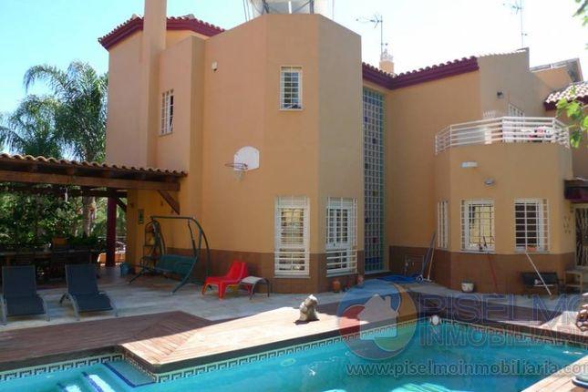 Thumbnail Semi-detached house for sale in El Pinar - Palacio De Congreso, Torremolinos, Spain
