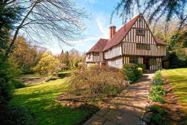 6 bedroom detached house for sale in Bottlescrew Hill, Boughton Monchelsea, Maidstone
