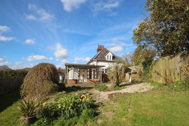 Thumbnail Semi-detached house for sale in London Road, Flimwell, Wadhurst