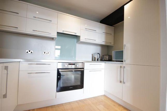 Thumbnail Flat to rent in Flat, Warehouse, Kingston Street, Hull